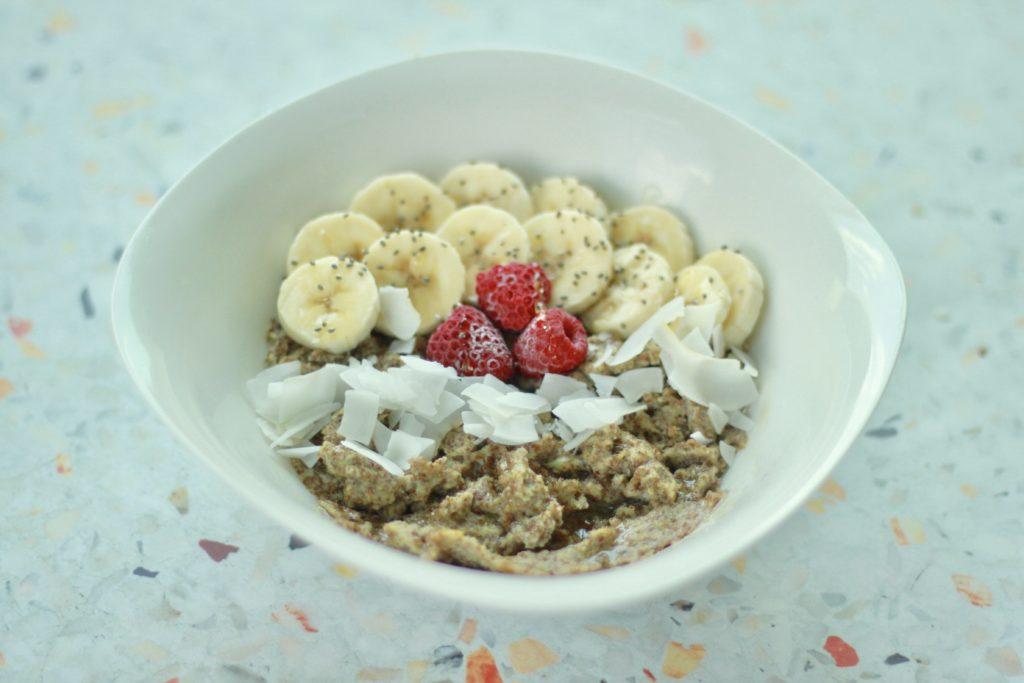 Recipe: Sweet Honey Flax Breakfast Bowl